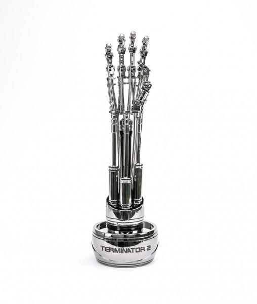 Endo-Arm-03_big_1500645883